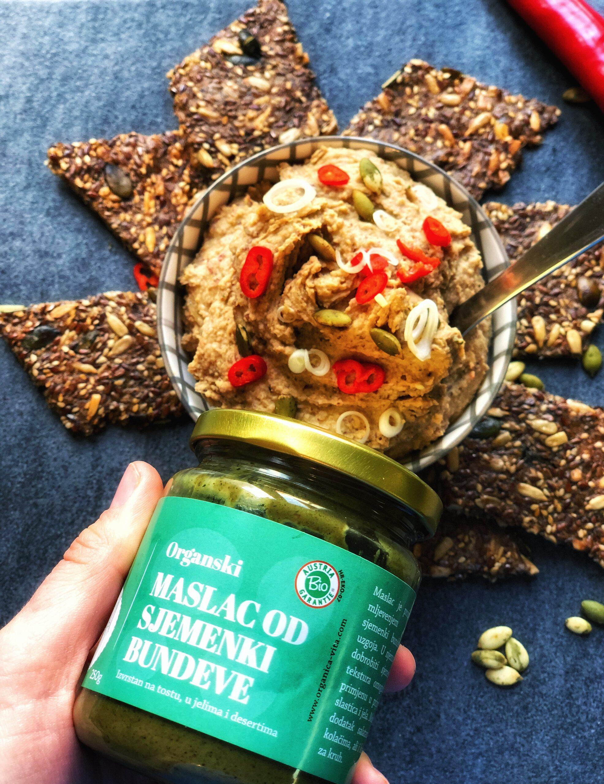 Veganska pašteta s maslacem od sjemenki bundeve i pečenim češnjakom
